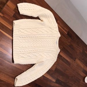 Talbots kids beautiful cable knit sweater